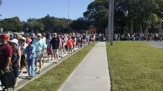 SOLD OUT=> Lines Form FIVE BLOCKS LONG to See Donald Trump in Sarasota (Photos)