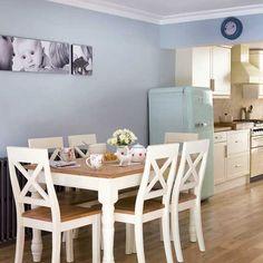 Küchen Küchenideen Küchengeräte Wohnideen Möbel Dekoration Decoration Living Idea Interiors home kitchen - Hellblau Wohnküche