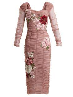 Die 496 besten Bilder von MODE - D G   Cute dresses, Woman fashion ... 3355efea91