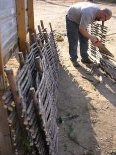 Pine Wattle Fencing Do It Yourself Project »