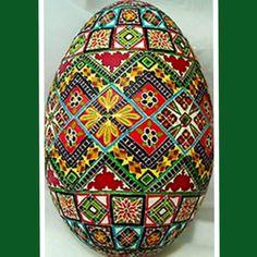 Pysanka egg by Lorrie Popow. Pysankymaster.com/. Pysanky