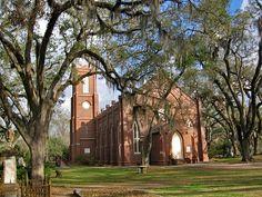 Grace Episcopal Church, St. Francisville, LA built 1860. One of the oldest protestant churches in LA.