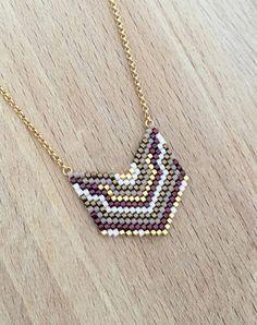Collier Mini Plastron Perles Tissées Plaqué Or