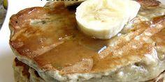 Banana Bread Pancakes Recipe with Vanille Maple Glaze