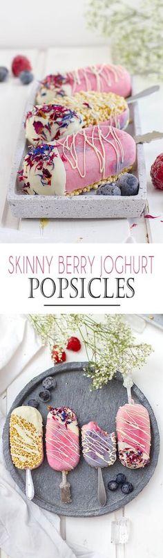 Skinny Berry Yoghurt Popsicles | Schnelles und leichtes Beeren Joghurt Eis am Stiel