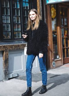 Your Denim Street Style Handbook: 36 Looks To Get You Inspired | Who What Wear Tokyo Street Fashion, New York Fashion Week Street Style, Street Style 2014, Looks Street Style, Model Street Style, Looks Style, Fashion Mode, Look Fashion, Womens Fashion