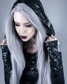 Check out!!! our sweet honey @angelica.leirais wearing her Grey Long Striaght Wig.Do you want itgirls?wig sku:edw023 Use Coupon Code: HALLOWEEN To Get 15% Off on your order. www.everydaywigs.com #everydaywigs #longhair #hairstyleforgirls #straighthair#ombrewig #lacefrontwig #greywig #lacewig#wigslife #hair #halloween #halloween2016 #halloweenparty#syntheticwigs#makeup