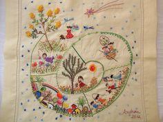 Mandala!!! Bordado feito por mim sobre o desenho de Martha Dumont  Note lovely yellow flowered tree and shooting star.