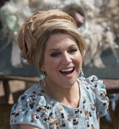 """ZOOM ZOOM """"DRESS CODE"""" QUEEN MAXIMA AT LOW COUNTRIES IN AMSTERDAM KINGSDAY"""