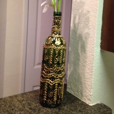 How to turn wine bottle into vase!!