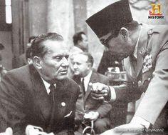 Hari ini tahun 1949, Belanda secara resmi mengakui kemerdekaan Indonesia. #SejarahHariIni