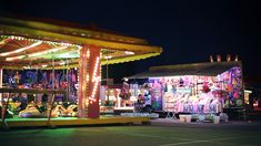 "kinqpin: "" Cinemagraphs : Funfair by Julien Douvier Gif Animé, Animated Gif, Aesthetic Gif, Aesthetic Wallpapers, Gifs, Taekook, Cinemagraph, Amazing Buildings, Blackpink And Bts"