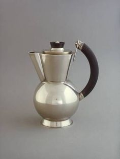 Christian Dell, Wine jug, 1922, new silver, ebony, Bauhaus Archive Berlin: