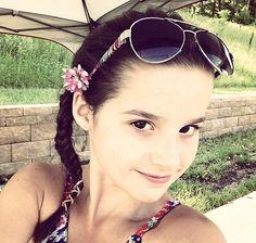 Annie (Julianna), 9