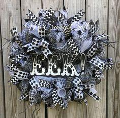 Halloween Wreath - Spider Halloween Wreath - Black and White Halloween Wreath - Halloween Deco Mesh Wreath - Halloween Door Hanger by MsSassyCrafts on Etsy https://www.etsy.com/listing/243716526/halloween-wreath-spider-halloween-wreath