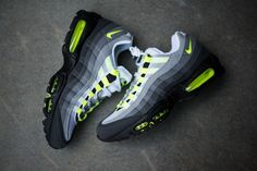 Nike Air Max 95 OG Neon Available