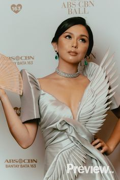 Abs-cbn Ball Celebrities Pose With Vegetables, Fan, Parasol Modern Filipiniana Gown, Couture Dresses, Fashion Dresses, Filipino Fashion, Jeanne Lanvin, Prom Outfits, Celebrity Dresses, Fashion Sketches, Traditional Dresses