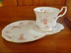 "Royal Albert ""Peach Rose"" Tennis"