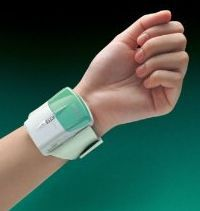 Image from http://www.motion-sickness-guru.com/images/lifemax-i-trans-acupressure-sea-travel-motion-sickness-relief-aid-wrist-band.jpg.