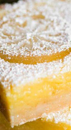Homemade Lemon Bars (Lemon Squares) for pan Lemon Dessert Recipes, Lime Recipes, Sweet Recipes, Delicious Desserts, Bar Recipes, Wow Recipe, Best Food Ever, Lemon Bars, Cooking Recipes