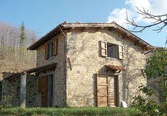 vintage homes in Italy | AGRITURISMO FARM HOUSES PRATO FIORITO Italian Farm Houses Located in ...