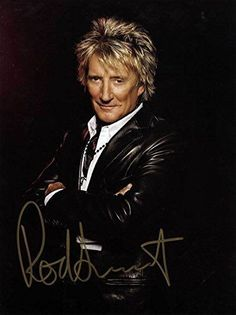 Check out Rod Stewart @ Iomoio Music Guitar, Music Tv, I Love Music, Pop Music, Rod Steward, Straight Guys, Celebs, Celebrities, Forever Young