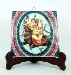 Ehi, ho trovato questa fantastica inserzione di Etsy su https://www.etsy.com/it/listing/242276091/ganesha-hindu-god-goddess-ceramic-tile