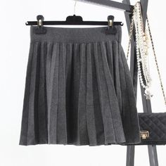 A-Line Women Skirt Knitting Above Knee Thick Skirts Women Wave Hem Black Gray Pleated Skirt Fashion