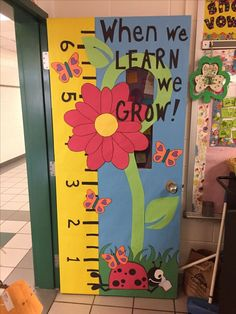 When we learn we grow! Spring classroom door decoration for any preschool or primary classroom! ideas for classroom spring classroom door ideas 19 - Go DIY Home Kindergarten Classroom Door, Classroom Ideas, Classroom Board, Preschool Classroom Themes, Eyfs Classroom, Classroom Door Decorating Ideas, Bulletin Boards For Preschool, Themes For Classrooms, Classroom Projects