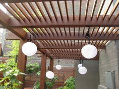 5 Types of Woods to Consider Before Choosing A Material For Your Pergola. This Photo is a Ipe Wood Pergola. Wood Pergola, Deck With Pergola, Roof Deck, Outdoor Pergola, Roof Top, Pergola Kits, Pergola Ideas, Japanese Lighting, Ipe Decking