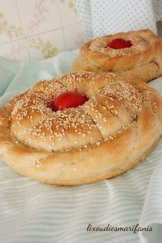 ΛΑΜΠΡΟΨΩΜΟ Bagel, Easter, Bread, Blog, Easter Activities, Brot, Blogging, Baking, Breads