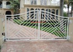 for front courtyard gate - but square and made of wood.