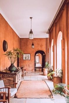 10 Online Interior Design Classes that ROCK Interior Design Classes, New Interior Design, Interior Decorating, Decorating Ideas, Interior Designing, Interior Ideas, Spanish Style Homes, Spanish Colonial, Spanish Modern
