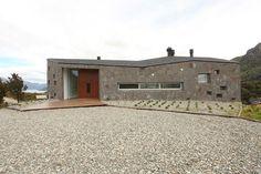 House on the Mountain | Bariloche, Argentina |  Alric Galindez Arquitectos