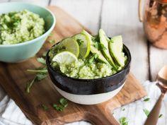 Grünes Licht für schnellen, cremigen Avocado-Limetten-Reis