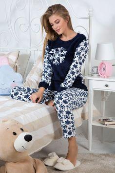 بيجامات نسائيه تركي شتوية ناعمه 2018 | ايكو موضة Sexy Pajamas, Pajamas Women, Pyjamas, Cute Pjs For Women, Night Suit For Women, Girls Night Dress, Cosy Outfit, Cute Pajama Sets, Loungewear Outfits