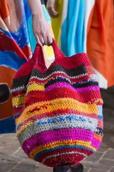 Daniela Gregis F/W '17 | signiture crochet bag