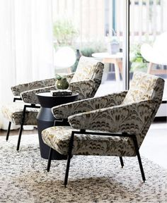 The best of luxury chair design in a selection curated by Boca do Lobo to inspire interior designers looking to finish their projects. Interior Design Kitchen, Interior Design Living Room, Luxury Chairs, Modern Armchair, Modern Chairs, Cool Chairs, Chair Design, Modern Furniture, Furniture Ideas