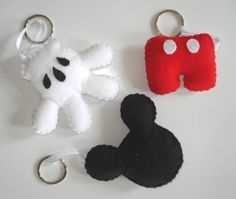 Mickey - made with felt. I think I could do this :)