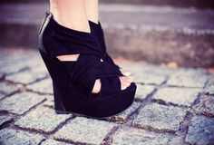 My life will be a love affair with wedges. Just sayin'...