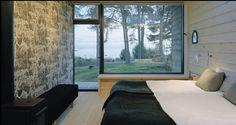 Scandinavian bedroom... so cosy!