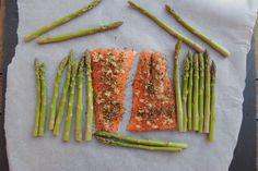 Easy Lemon, Garlic and Rosemary Salmon