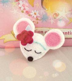 felt-mouse-snap-hair-clip-baby-size
