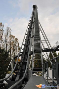 25/28   Photo du Roller Coaster Silver Star situé à @Europa-Park (Rust) (Allemagne). Plus d'information sur notre site http://www.e-coasters.com !! Tous les meilleurs Parcs d'Attractions sur un seul site web !! Découvrez également notre vidéo embarquée à cette adresse : http://youtu.be/d-ta3VVHDK0