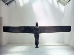 Sculptures by Antony Gormley (9)