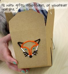 ~Super coole geborduurde weggeef-doosjes met uitleg van Patonsyarns~