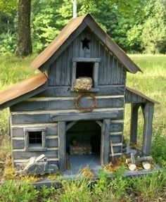 Handmade, Folk Art, Lighted Log Barn Birdhouse ...... This is our rustic, pine Log, lighted Barn birdhouse. It would make a wonderful addition to your primitive country home. It is made out of pine t