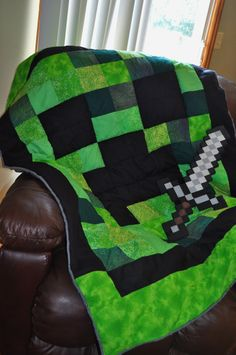 Minecraft Creeper Quilt Gamer Blanket