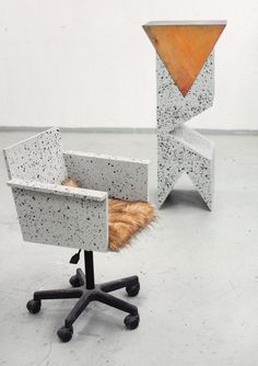 Declutter And Style And Design For Put Up-Spring Crack Homeschool Good Results Fredrik Paulsen Scandinavian Furniture Prism Office Chair Beautiful Interior Design, Modern Interior, Interior And Exterior, Terrazzo, Concrete Materials, Scandinavian Furniture, Design Furniture, Retail Design, Modern Classic