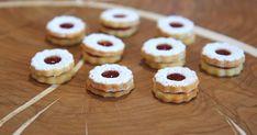 Nejlepší linecké cukroví je od mistra světa v cukrařině Lukáše Skály, s ním neuděláte chybu | Region Mini Cupcakes, No Bake Cake, Christmas Cookies, Doughnut, Muffin, Xmas, Baking, Healthy, Breakfast